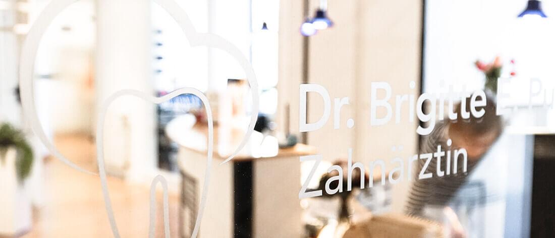 Zahnarzt Dr. Brigitte Puppe